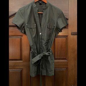 H & M olive green short sleeve jacket